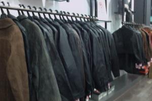 Empresa de ropa usada clasificada de Primera Calidad Empresa especializada en clasificar ropa de segunda mano